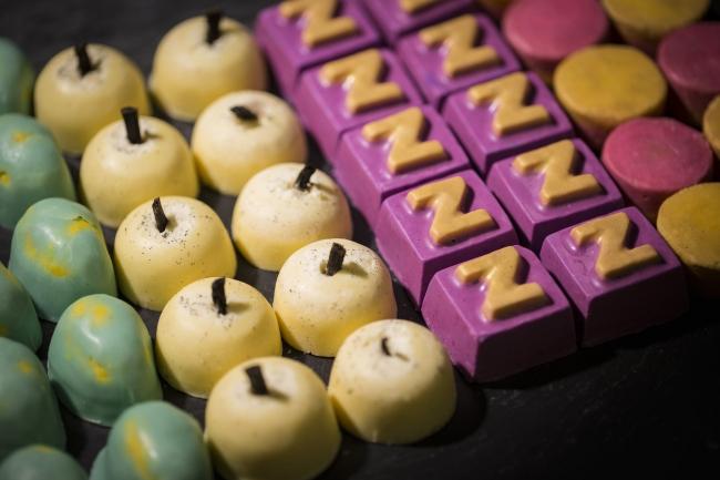 まるでお菓子⁈な『固形バスオイル』がLUSHに登場😍🍭💘