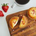 BAKE CHEESE TARTに🌸春限定🌸『焼きたてストロベリーチーズタルト』が登場😋🍴