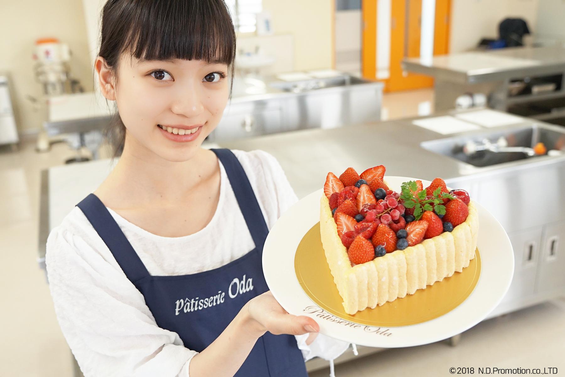 ハート型が超カワイイ!フルーツいっぱいの本格ケーキを作ってみた!