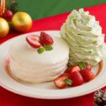 """❤️Eggs 'n Things❤️からクリスマスケーキの定番""""ショートケーキ🍰""""をモチーフにした「クリスマスホイップツリーパンケーキ」を期間限定販売🎄🎅🌟"""