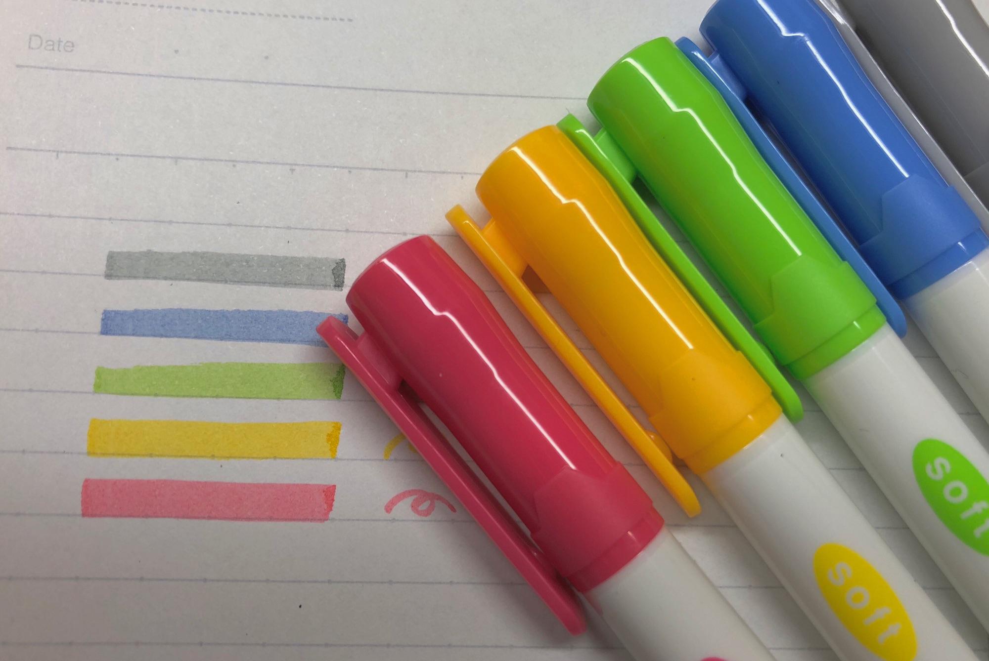 DAISOのマーカーペンってこんな感じ💭💭