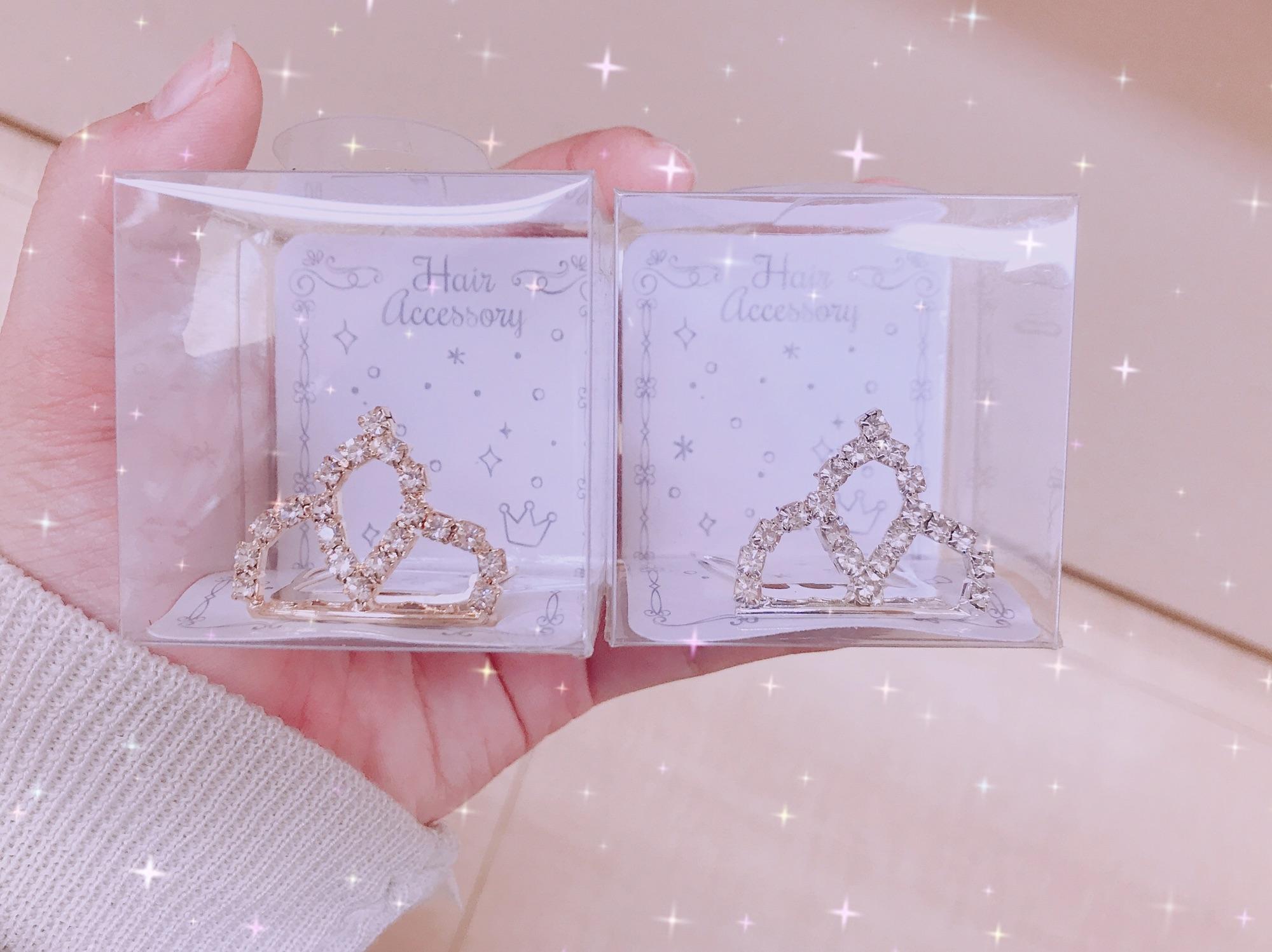 """100円✨""""セリア""""で買える可愛すぎるミニティアラとは💖"""