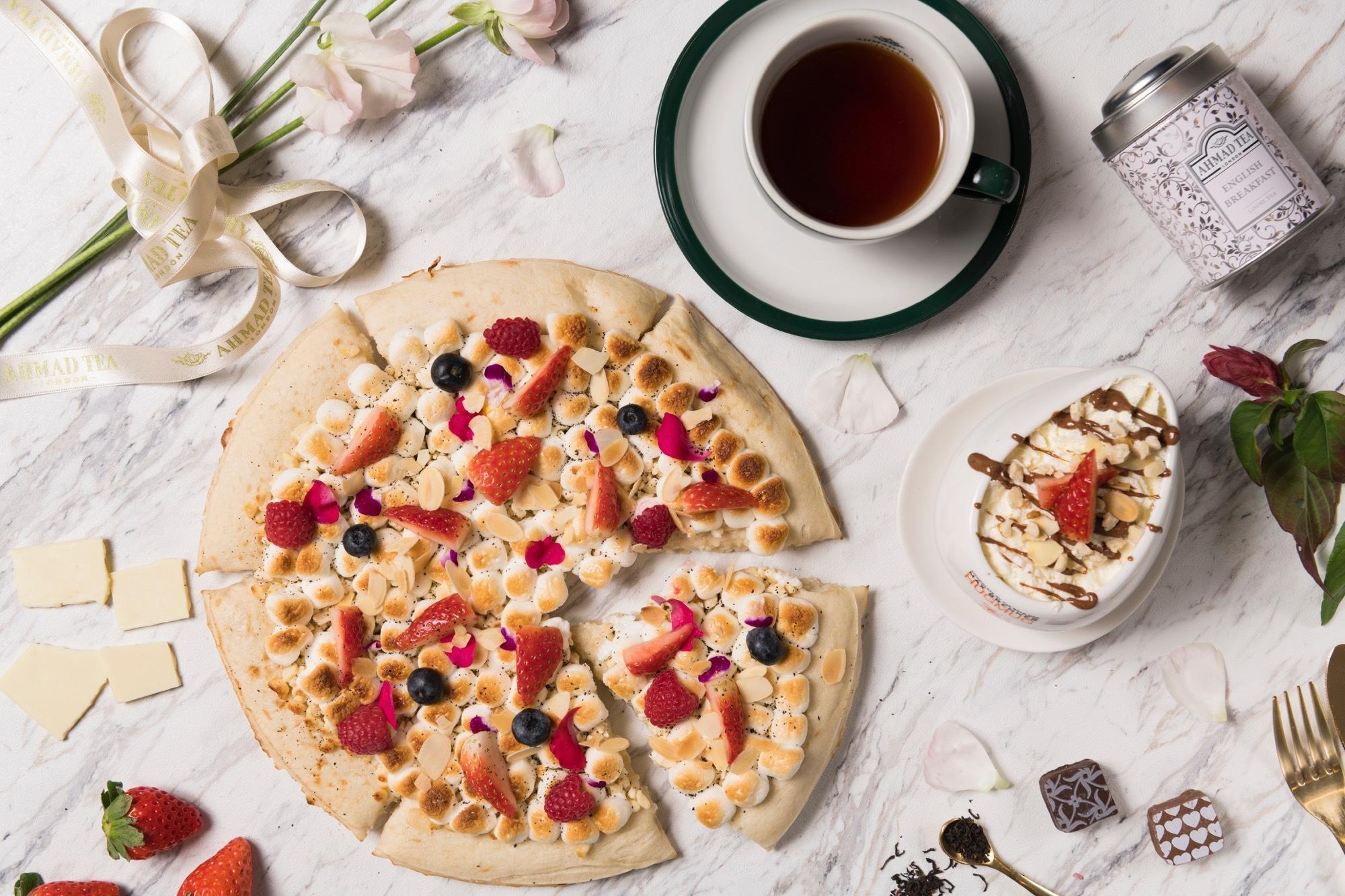「MAX BRENNER」と「AHMAD TEA」がコラボ☕️👑限定スイーツピザが登場🍕💕