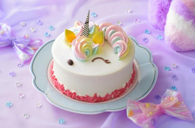 """ユニコーンにレインボー😍🌈銀座コージーコーナー、""""ゆめかわ""""をテーマにした新作ケーキを限定販売💘"""