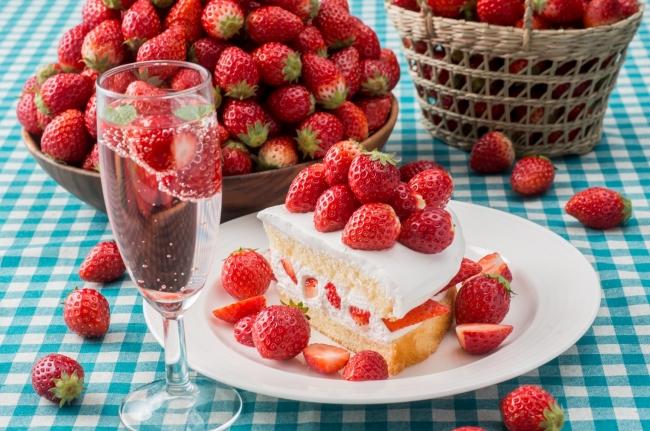 今年もやります!いちご食べ放題🍓『プラス480円で苺 とちおとめ食べ放題』スイパラで開催❣️