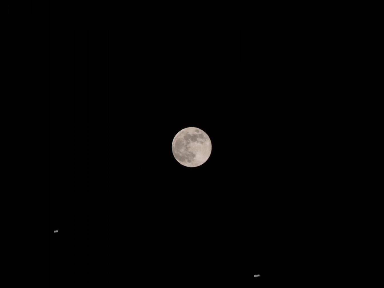 満月が綺麗に撮れる🌕写真の撮り方📷❕