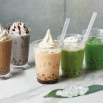 【nana's green tea】モチモチわらび餅入りの新触感ドリンク「mochi latte –モチラテ-」7月15日販売開始💚🌼