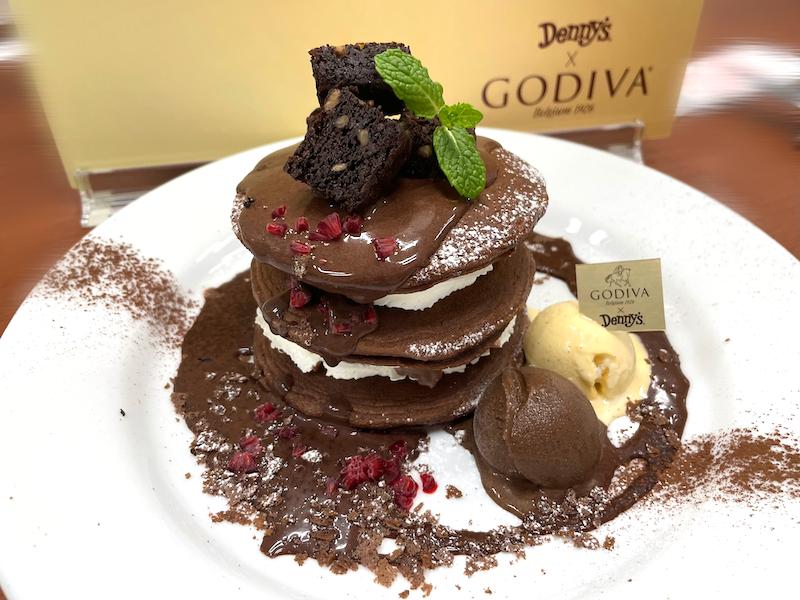 チョコ好きさん注目🥺🍫「デニーズ × ゴディバ」期間限定コラボ第2弾が4月1日(木)から発売開始🎉❤️