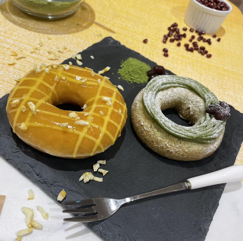 【食レポ】クリスピー・クリーム・ドーナツから、洋菓子と和菓子がコラボした新しいドーナツが誕生🇯🇵🍩🍵💛